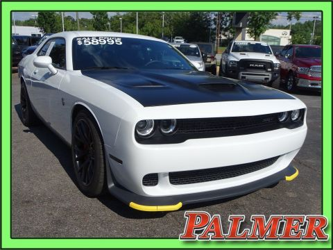Pre-Owned 2016 Dodge Challenger SRT Hellcat