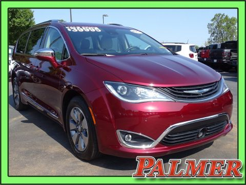 Certified Pre-Owned 2017 Chrysler Pacifica Hybrid Platinum